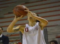 Pierdicca in azione sotto lo sguardo di Coach Piccionne