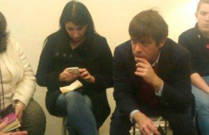 I deputati Giuseppe Civati e Beatrice Brignone di Possibile durante l'incontro a Jesi