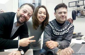 I conduttori dell'ultima trasmissione di Radio Studio 24. Annalisa Sorbi tra Maurizio Rossi e Alessio Miranda