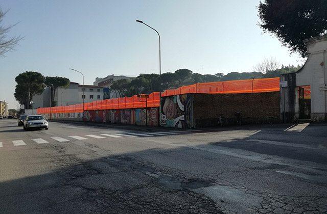 Il cantiere per i nuovi parcheggi in via Cellini a Senigallia