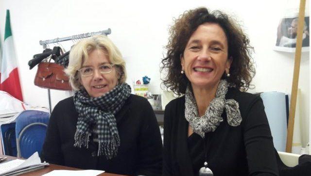 Da sin. Daniela Diomedi e Maria Ausilia Gambacorta, consiglieri comunali M5S