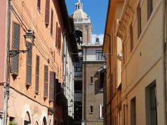 Il municipio del Comune di Senigallia visto da via Maierini