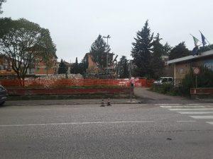 Demolizione scuola Lorenzini