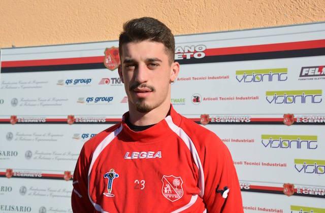 Il centrocampista Giovanni Fenati, pronto per l'esordio con la maglia del Fabriano Cerreto (foto di Maurizio Animobono)