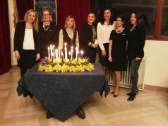 Le nuove socie con, seconda da destra, la presidente Fidapa, Francesca Pentericci