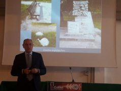 Il sindaco Massimo Bacci in visita all'IIS Galilei