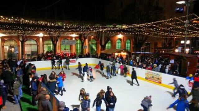 Natale a Fabriano: l'Albero trasloca e il Comune pagherà tutto il conto da solo