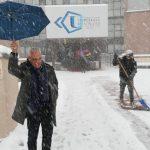 Il direttore dell'azienda Ospedali Riuniti, Michele Caporossi, controlla la situazione a Torrette