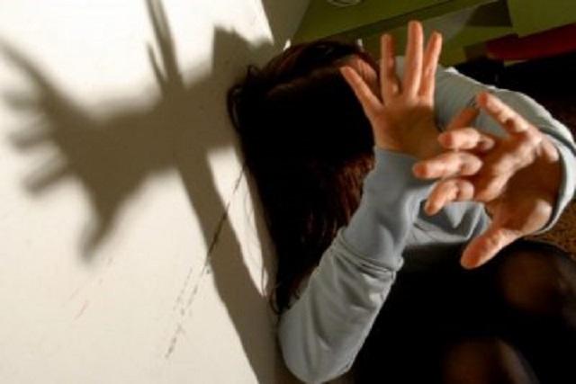 Macerata, violenza sessuale sulle nipoti della compagna: pensionato condannato a 10 anni