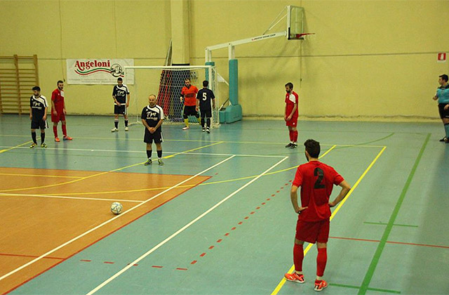 Un momento del match di calcio a 5 tra Avis Arcevia 1964 e GS Casine