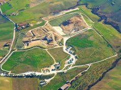 La discarica La Cornacchia vista dall'alto (foto acquisita dal sito web di Sogenus)