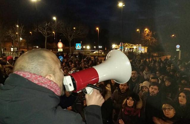 Manifestazione spontanea dopo la sparatoria razzista a Macerata