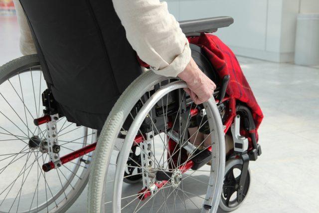 """Osimo, disabile """"intrappolata"""" nella casa popolare"""