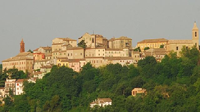 Castelplanio, il grazie del Comune alla Fileni. L'azienda in prima linea per sostenere il territorio