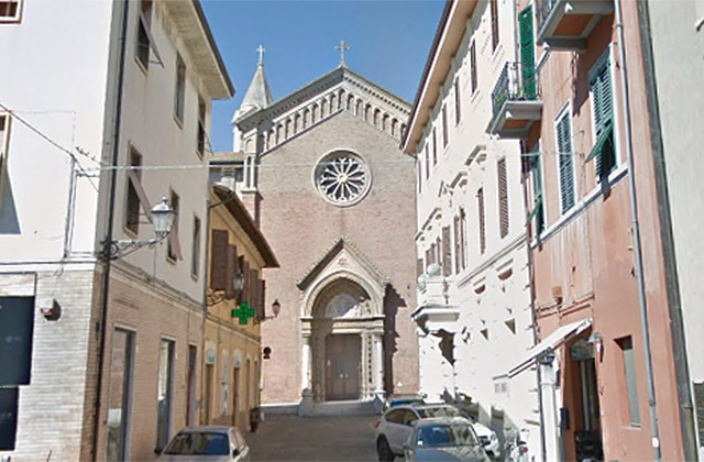 La chiesa della beata vergine Maria Immacolata, in via Fratelli Bandiera a Senigallia