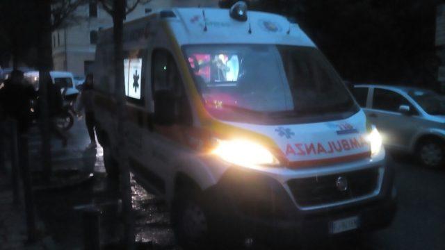 Anziano investito in via Conca, va in arresto cardiaco e muore in ospedale