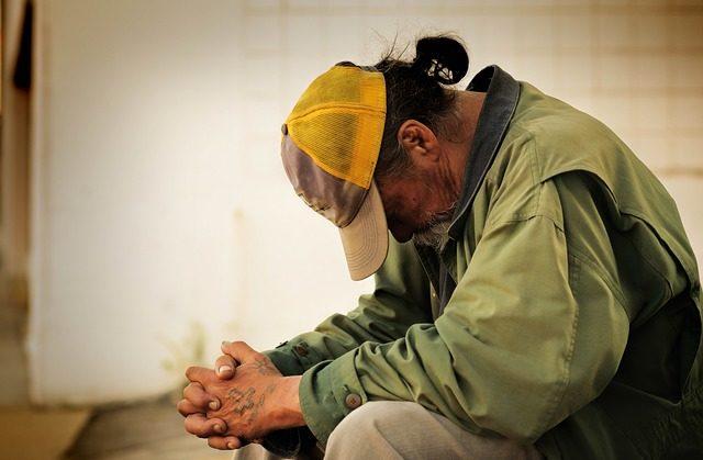 povertà, poveri, senzatetto