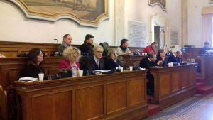 La maggioranza in consiglio comunale a Jesi