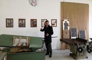 Gli stabilimenti della Polizia di Stato di Senigallia il comandante dott. Tranzillo