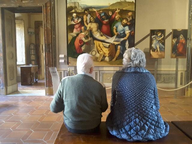 """Pinacoteca, la """"Deposizione"""" del Lotto è sempre tra le opere più ammirate"""