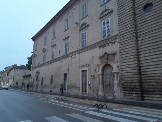 """L'antico """"Fatebenefratelli"""" che si affaccia su Corso Matteotti"""