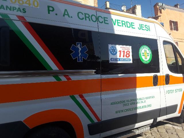 ambulanza croce verse jesi