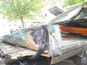 Autocarro distrutto via Marconi
