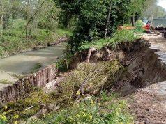 L'erosione spondale di via Capanne a Campocavallo di Osimo
