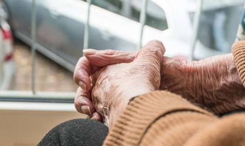 Falconara: farmaci, spesa e pasti a domicilio per gli over 70