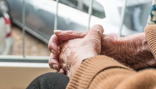 """Osimo, l'associazione Alzheimer Marche a teatro con """"Ricordami mentre ballo"""""""