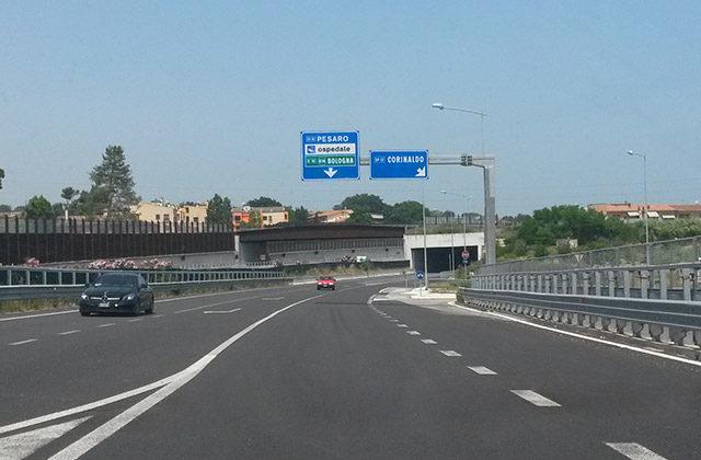 Il tratto nord della complanare di Senigallia