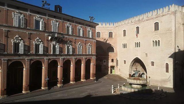 Piazza del comune, a Fabriano
