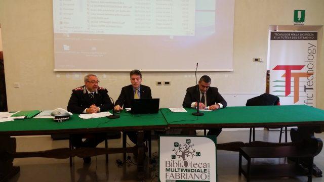 Il tavolo dei relatori: Cataldo Strippoli, Roberto Benigni, Ioselito Arcioni