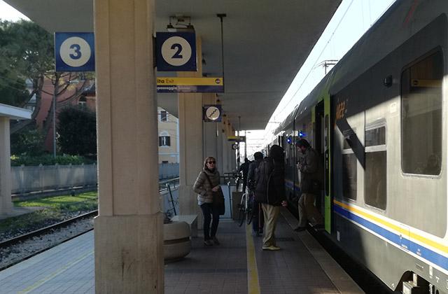 La stazione ferroviaria di Senigallia, arretramento della linea ferroviaria adriatica