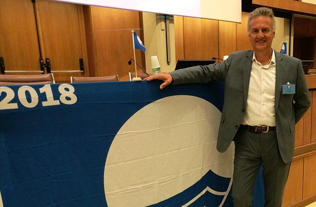 Portonovo e Marina Dorica conquistano la Bandiera Blu