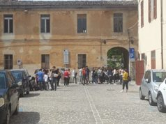 evacuazione scuola dopo scossa di terremoto
