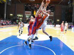 Rinaldi al tiro contro Casale Monferrato (foto dalla pagina Facebook dell'Aurora Basket Jesi)