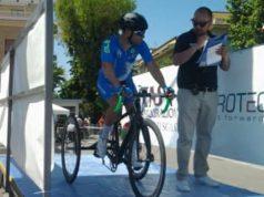 Giorgio Farroni sul cancelletto di partenza della cronometro a Francavilla al Mare