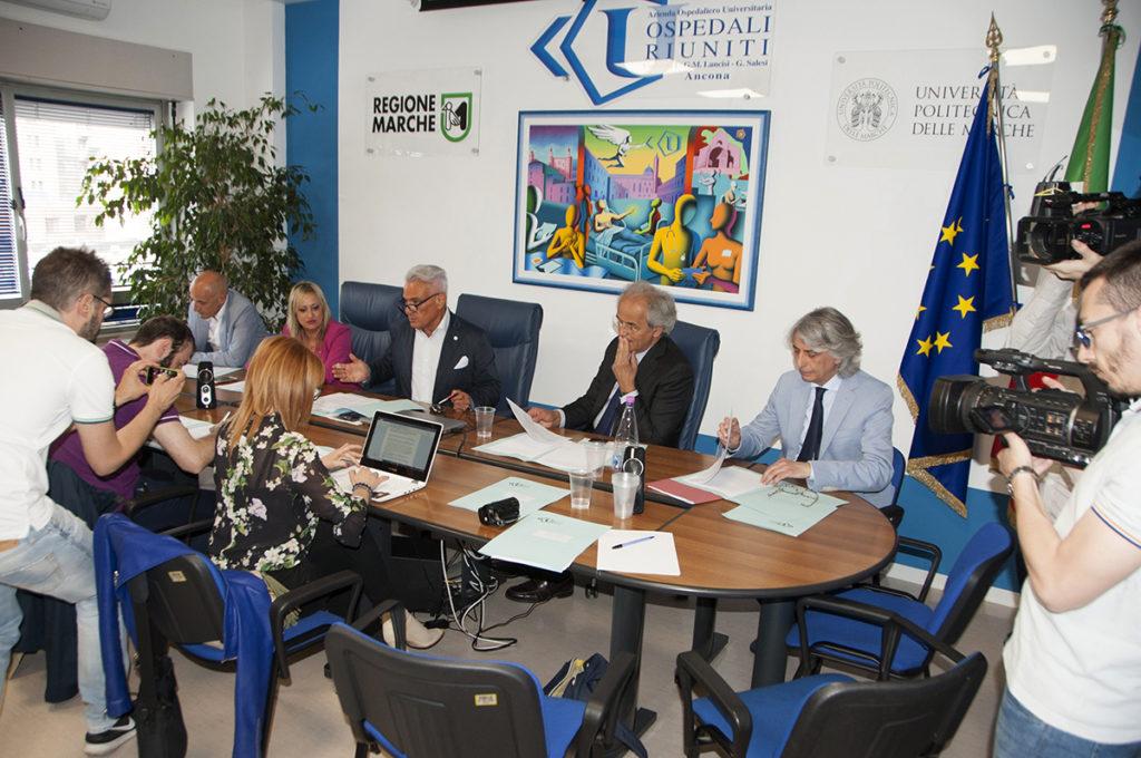 La presentazione dell'iniziativa agli Ospedali Riuniti di Ancona