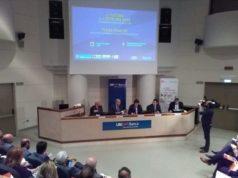 """Un momento della prsentazione del XXII Rapporto sull'economia globale e l'Italia"""" a cura del Centro Einaudi all'Ubi Banca di Jesi"""