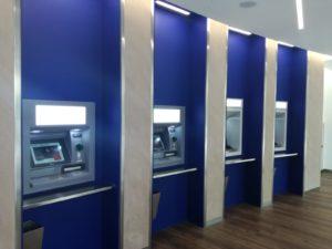L'area bancomat esterna