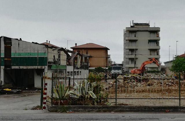 I lavori all'area ex Edilizia Latini alla Cesanella di Senigallia