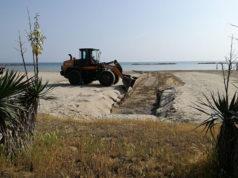 Lavori sui fossi della spiaggia di Senigallia