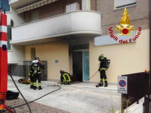 Ufficio In Fiamme : Serra san quirico fiamme in ufficio centropagina quotidiano di