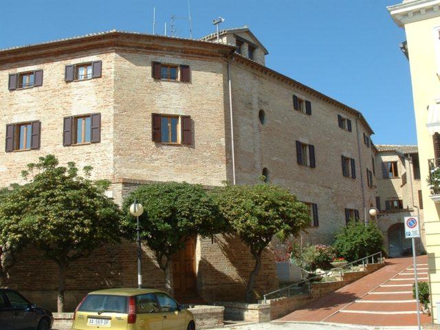 Falconara: è morta Loretta Mancini, titolare della pasticceria Galilei