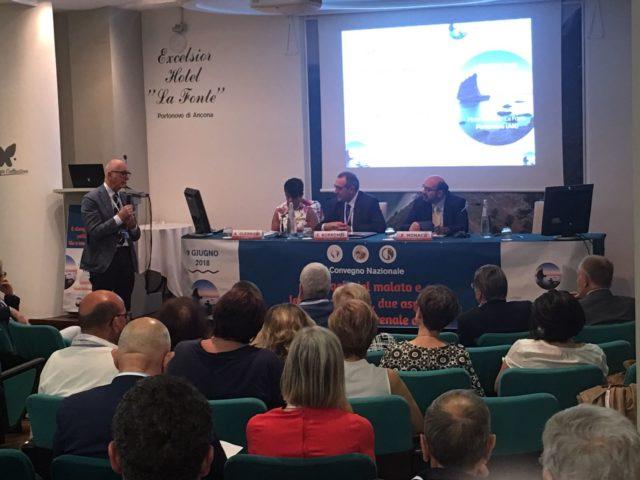 Il tavolo dei relatori: da sin. Arcangela Guerrieri, Fulvio Borromei e Roberto Monaco. In piedi Leandro Provinciali