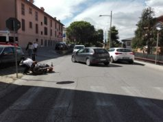 La moto a terra a Osimo