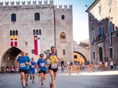 Un momento della gara dell'anno scorso nel centro storico di Fabriano (foto Mingo)