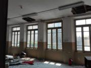 L'interno della vecchia scuola di via Michelangelo a Osimo