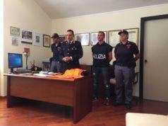 Al centro il vicequestore Giuseppe Todaro nel corso della conferenza stampa